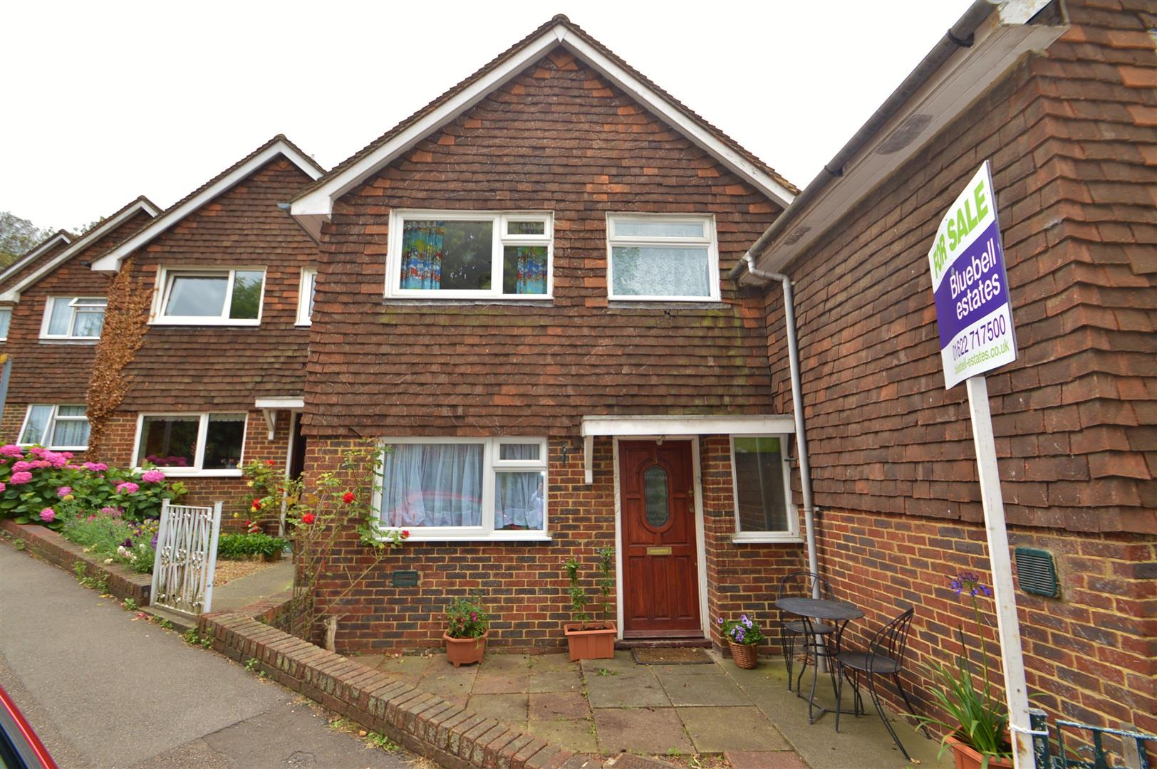 3 Bedrooms Property for sale in Mount Pleasant, Aylesford